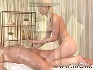 Красивый массаж с помощью камней окончился для мастерицы и клиента чувственным сексом  5