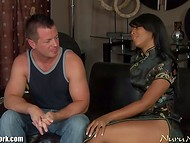 Nuru Massage: Ebony massuse presents client not only the procedure, but also her body as a bonus