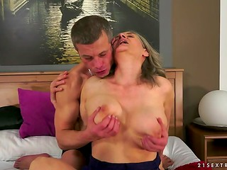 Grey-haired granny had good time with the young stallion, who perfectly satisfied her lustful desires