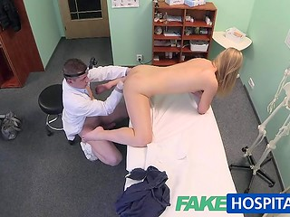 Lustful doctor has a wealth of experience and knows women genitals from A to Z