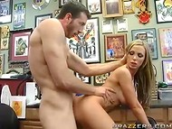 Astounding Nikki Benz wanted to do some tattoo, but instead had fun with the master