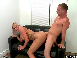 Amazing blonde came to show her first-class fucking abilities at the casting