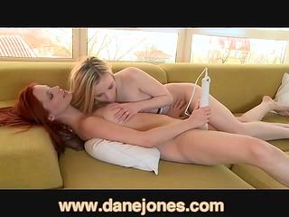Besplatne teen lezbijke video