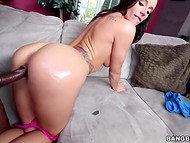 Pink pussy of Jamie Jackson barely resisted the stormy fuck with the chocolate dude 4