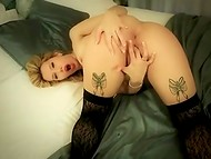 Provocative Scarlett A Devoradora from Portugal bares her body in the bedroom