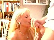 Screwing with the long-haired MILF raises up the sexual hunger of smiling peasant 11