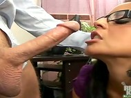 Big-boobied secretary skillfully satisfied the visitor until the director's arrival 5