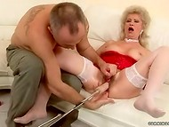 Old Hungarian slut agreed to test various adult toys and great fucking machine 5