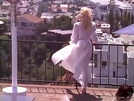 Lucky fellow fucks wildly the breathtaking enchantress in the luxurious apartment 11