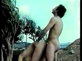 Old Greek film tells the story of young people's passionate sexual relations