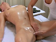 Dazzling masseuse took advantage of various techniques to pleasure client 8