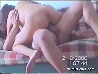 Spouse decided to have fun with his sexy Turkish wife and record it on the amateur camera