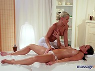 Horny masseuse could not resist and stuck her playful fingers in oiled client's sissy