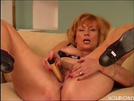 Mature cougar playing with her hairy cunt 7