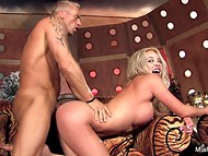 Athletic buddy bangs buxom blonde cougar and emits some sticky liquid over her really big boobs 5
