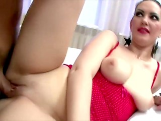 Bronzed macho fucked slutty brunette in mouth and shaved pussy at her place