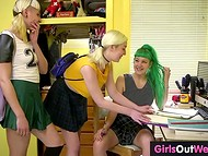 Schoolgirl with green hair was kinda nervous before the exam but best friends found a way to calm her down 5