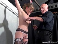 Teenage girl with shaved vagina and in black stockings paid a visit to old master of delivering thrills 8