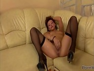 Stunning minx in nylon stockings pushes fist deep in cookie causing it to leak lavishly 4