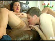 German guy paid attention to mature baroness and after little talk he threw the leg 4