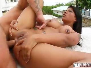 Mad anal banging is an integral part of real gonzo video as was demonstrated by black-haired whore