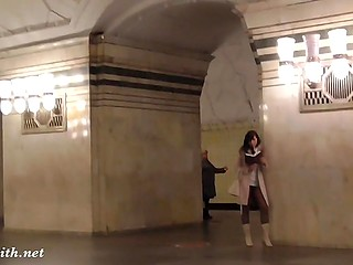 Shameless Jeny Smith didn't put undies on just to flash her pussy in Russian metro