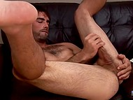 Hairy man took clothes off and used right hand to make his little friend cum