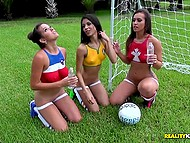 Female football players of Brazil, Canada and Paraguay take active rest after exhausting training 4