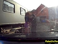 Британский легавый кинул палку рыжей гражданочке, которая была обделена вниманием бойфренда 4