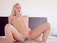 Flexible Bree Mitchells brought loved one breakfast in bed and left shaved pussy for dessert