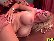 Career of mature porn actress fades but she still knows how to please strong boner 10