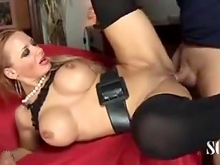 Stunning Slovenian La Toya Lopez speaks Italian as perfect as handles local cock