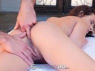 Muscled swain used oil and glass dildo to prepare Ashley Adams' anus for anal coitus 5
