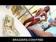 Spectacular nurse Madison Ivy from Germany didn't want to leave without money and doctor wasn't going to pay her for nothing 4