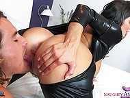 Shaggy boy dreamed about his voluptuous stepmother Ava Addams wore latex suit and rode his fuckstick 6