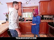 Arab became very horny at the sight of young beauty who visited his house 3