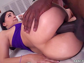 Humongous black schlong visited tight asshole of Italian whore Valentina Nappi