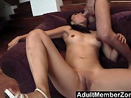 Porn agent promises to green Asian woman that his skilled assistant will make her squirt 8