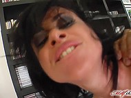 Eye-catching MILF screams of pleasure when two cocks fuck her in a hard way 8