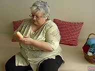 Old woman found dildo among wool balls in basket for knitting and brought it in action immediately 8