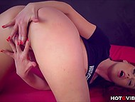 Reddish dollface moans of delight rubbing groomed cunny with vibrating ring 3