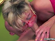 Old lady in red fishnet stockings remembered taste of cum thanks to young mate 9