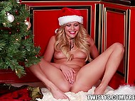 For babe in red cap Mia Malkova Christmas is another great occasion to get what she wants 11