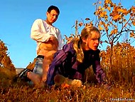 Man and blonde were frigging in vineyard while photographer was taking some pics 10