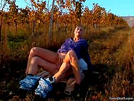 Man and blonde were frigging in vineyard while photographer was taking some pics 4