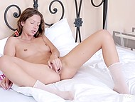 Teenage girl started morning with a little warm-up of her shaved cunny on snow-white bed 6