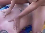 Чувак не остановился на смазывании шикарного тела арабки Persia Monir кремом для загара и поимел её волосатую вагину 10