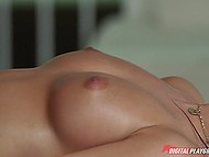 Wonderful brunette seduces masseur with her mouth and puts her snatch on his boner 5