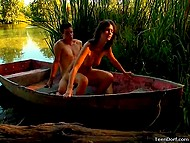 To make attractive girlfriend happy, athletic boy took her to the river and fucked in the boat 8