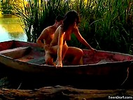 To make attractive girlfriend happy, athletic boy took her to the river and fucked in the boat 9